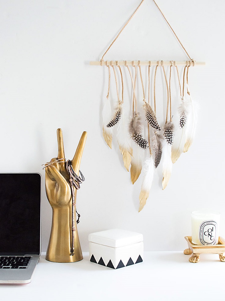 Feather-Wall-Hanging