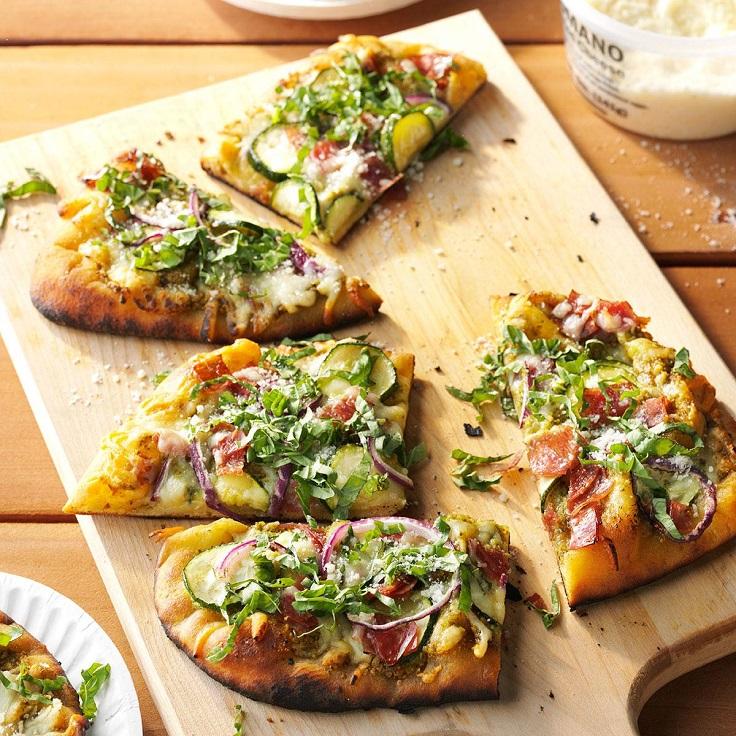 Grilled-Zucchini-Pesto-Pizza