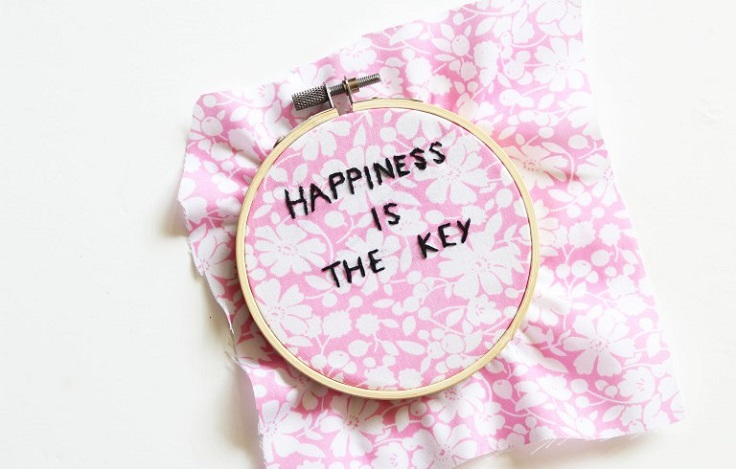 Embroidery-Hoop-Quote