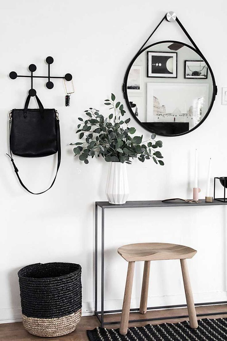 Top 10 Beautiful Examples of Entryways