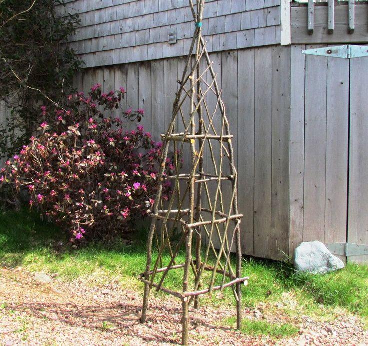 Obelisk-Trellis
