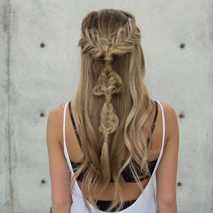 Boho-Half-up-Twisted-Edge-Fishtail-Braid