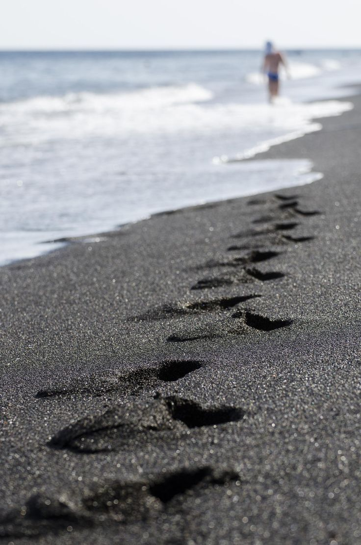 Top 10 fascinating black sand beaches around the world for How many black sand beaches in the world