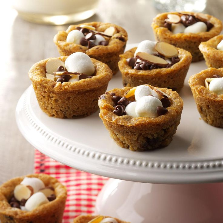10 Mouthwatering Cookie Cup Desserts