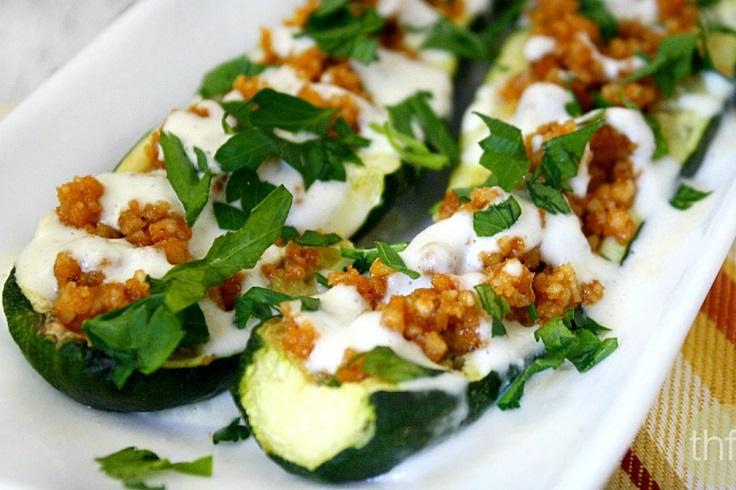 Raw-Zucchini-Boats-With-Creamy-Garlic-Sauce