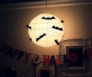 Top 10 DIY Super Easy and Quick Halloween Decorations