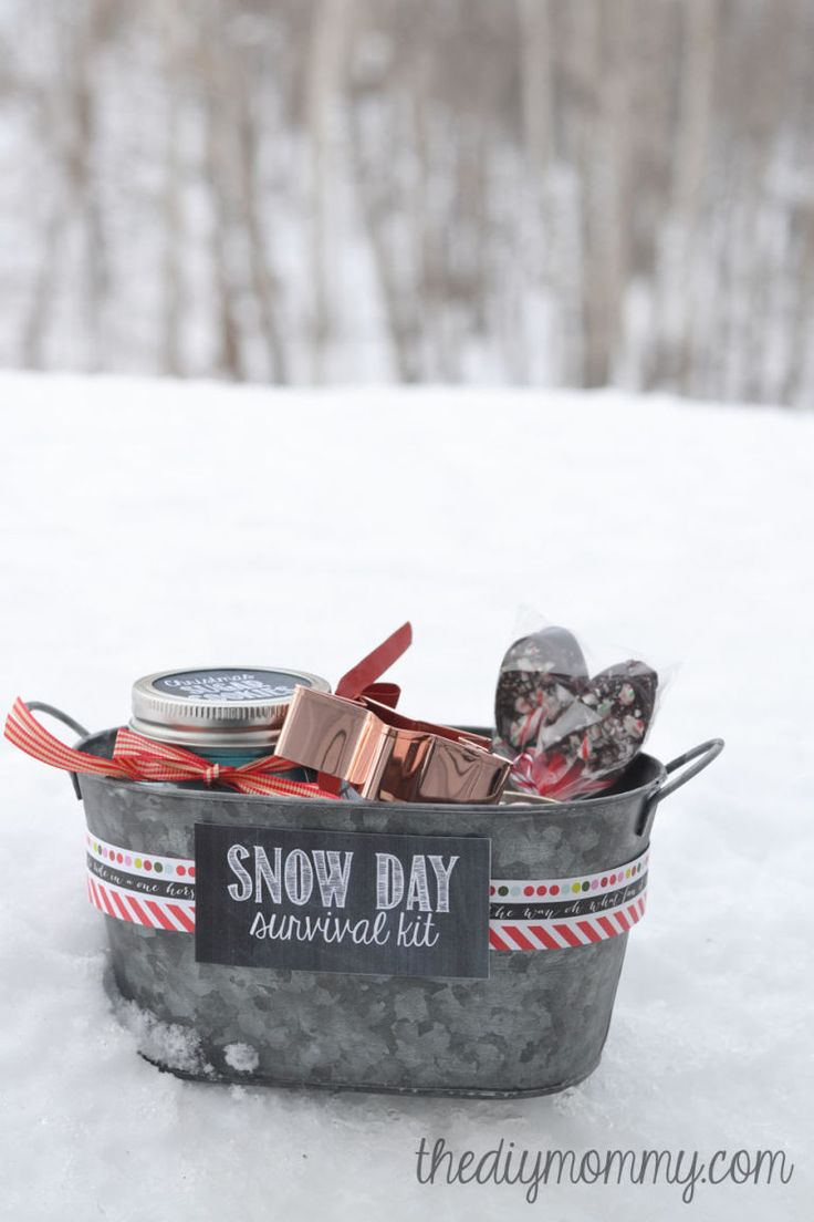 Snow-Day-Survival-Kit-Christmas-Gift