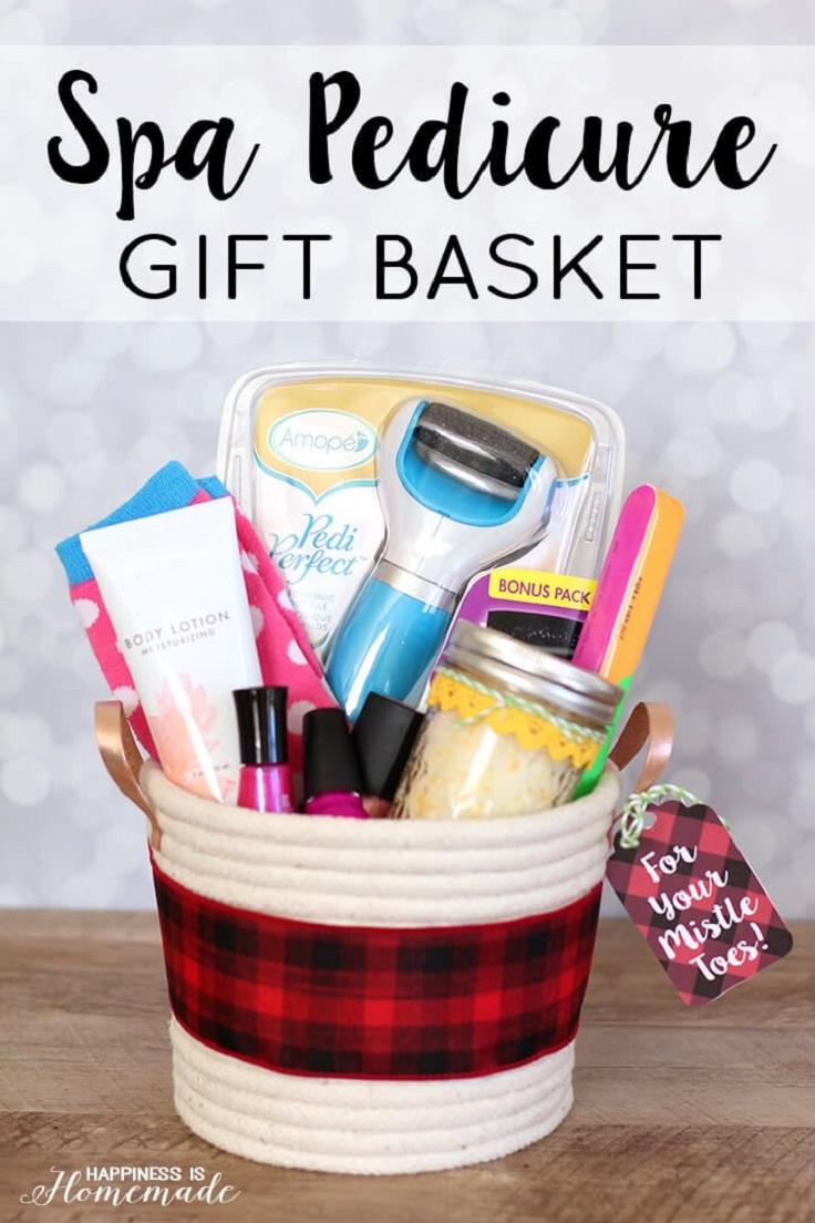 Christmas Themed Gift Baskets