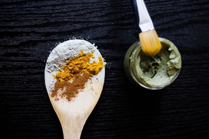 Green-Clay-Turmeric-Face-Mask