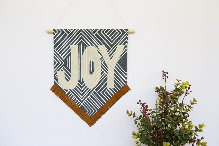 Top 10 DIY Banners to Decorate Any Room
