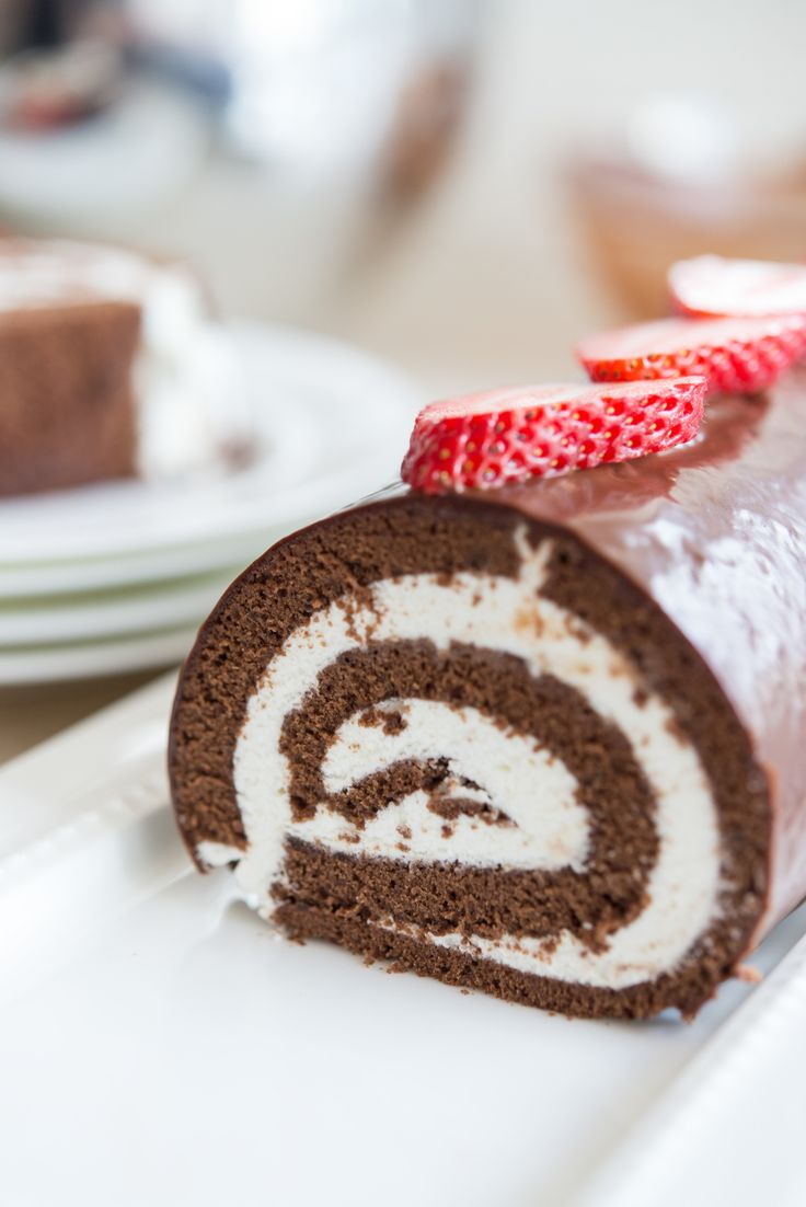 Top 10 Delightful Roll Cake Recipes for Cake Lovers