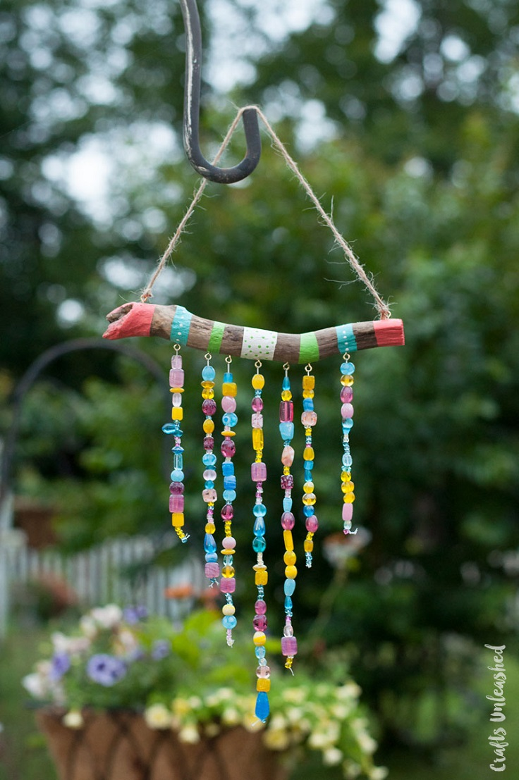Top 10 amazing diy garden decorations to welcome spring for Wind chime craft projects