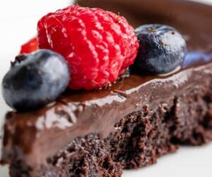 Top 10 Luscious Flourless Cakes You're Going to Love