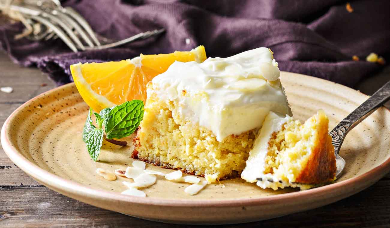 Orange-Cake-With-Cream-Cheese-Frosting