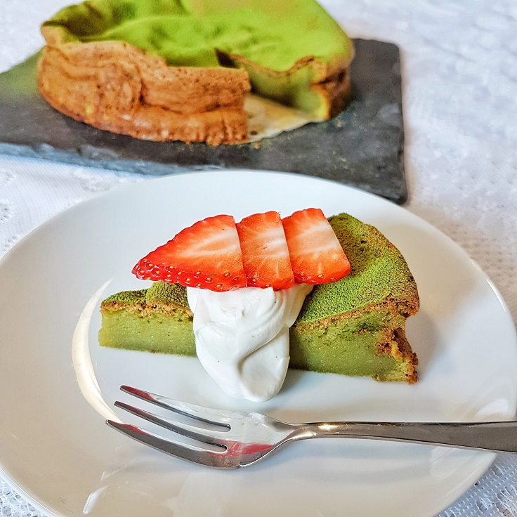 White-Chocolate-Matcha-Cake