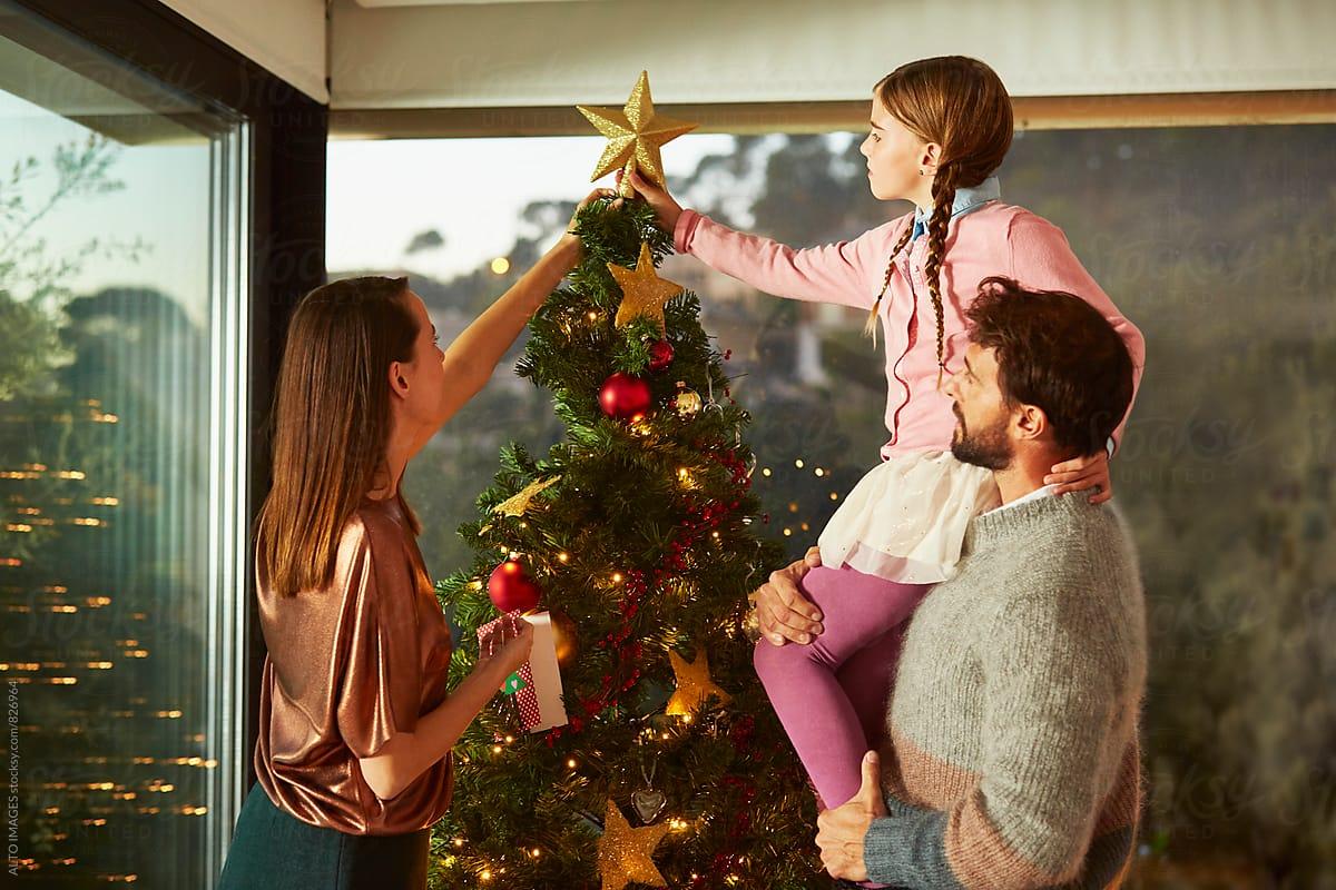 family-christmas-decoration