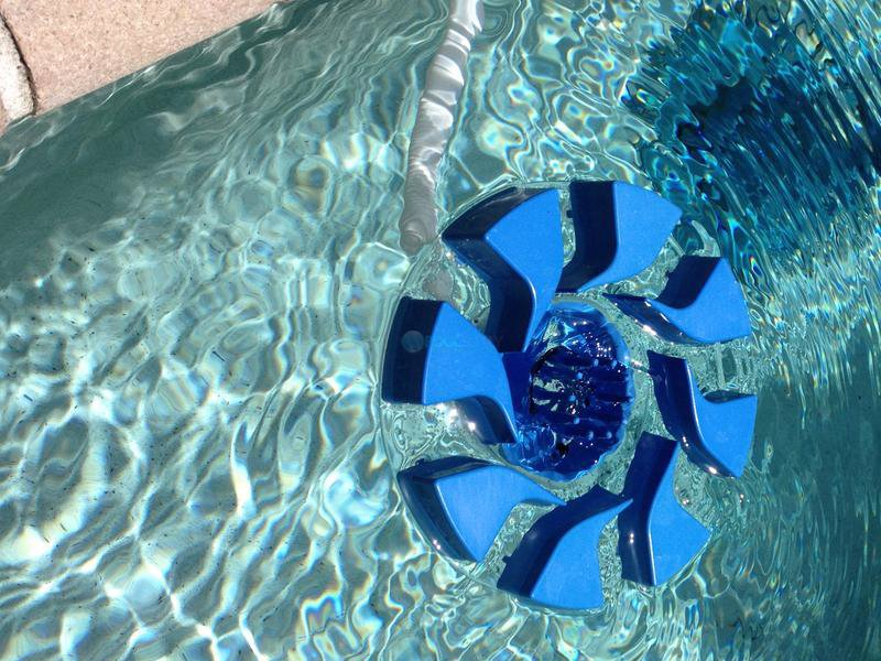 pool-skimmer-review-3
