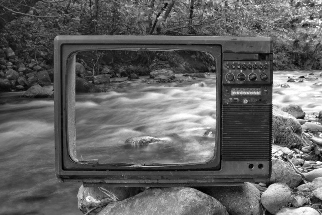 retro-TV-1024x685