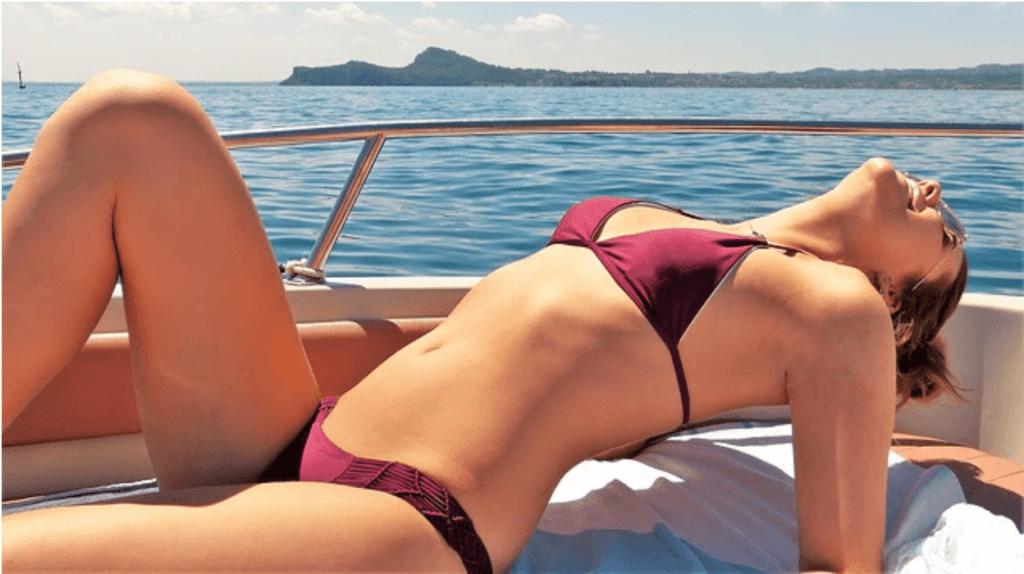 woman-suntanning-1024x574