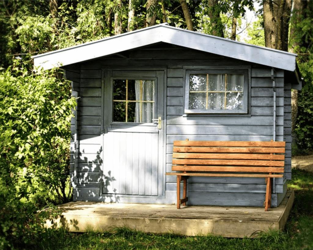DIY-shed-1-1024x819